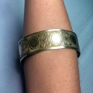 Vintage silver patterned cuff